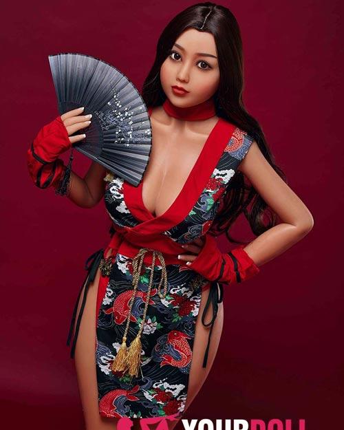 Saya Japanese geisha